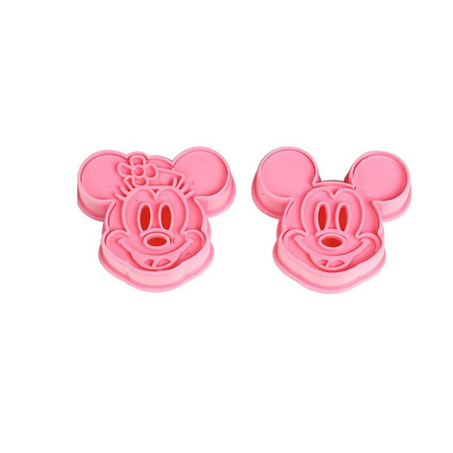 2PCS/Lot Cute Cartoon Shape Christmas Gift Cookies Cutter Biscuit Mould DIY Fondant Baking Decorating Molds  Baking Pastry Tools