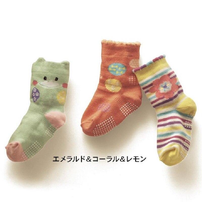 Baby Girls Socks 3 pairs Children Stock Newborn Shoe Bebe Girls Clothes Kids pantufa Infant socks non-slip Girl Slippers
