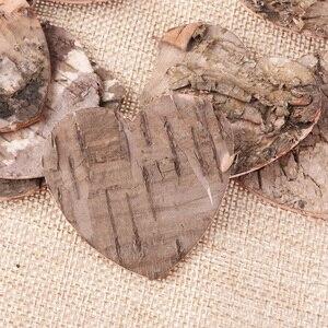 Image 5 - 160pcs Chip di Corteccia di Betulla A Forma di Cuore di Legno Rustico Ornamenti di Legno Da Tavolo Deco Wedding Baby Shower Compleanno Guest Book Segno