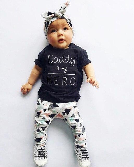Verão Do Bebê Recém-nascido Infantil Menina Roupas Pai é o meu Herói de Manga Curta T-shirt Tops + Calça + Headband Criança Outfits conjunto