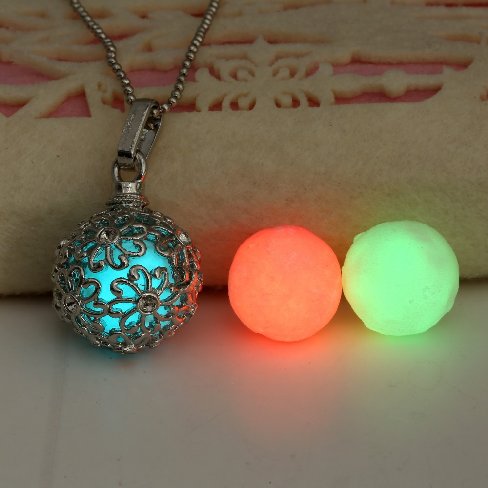 (1 necklace+3 Luminous Beads) 2015 Trendy Glow in the Dark ...