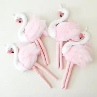 Nordic style Pink Long legs Swan Baby Room Wall Hanging Decorations Best Wedding Decor Children Toys Home Decorations
