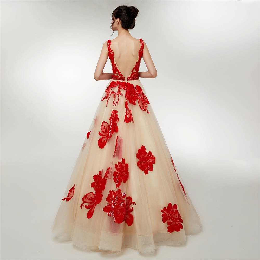 Champagne Tulle Red Lace Appliques Prom Dresses Elegant A Line Sequined Boat Neck Long Floor Length Prom Formal Party Gown 2019