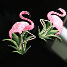 1pc flamingo embroidered Patches for Clothing sew on animals Embroidery parches for backpack Clothing Applique Decoration Badge 1pc landscape embroidered patches for clothing sew on tree embroidery parches for backpack clothing applique decoration badge