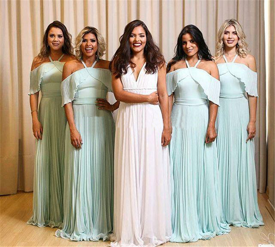 Wonderful Mint Green A Line Chiffon Bridesmaid Dresses 2018 Boat Neck Floor Length Long Formal Dress Custom Made Party Gowns