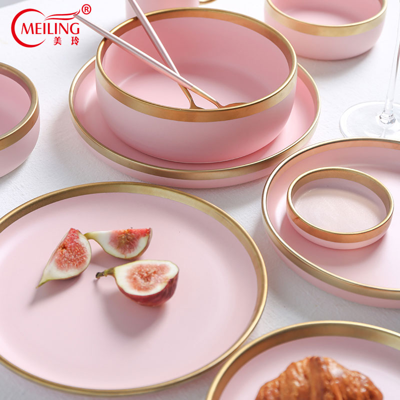 Nordic Home Decor Porcelain Pink Plates Gold Rim Dinnerware Set Table Kitchen Utensils Ceramic Serving Dishes