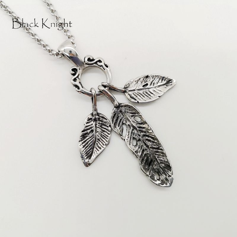 Black Knight 3pcs Stainless steel Eagle feather pendant necklace Vintage silver color Indian style Feather necklace BLKN0724 in Pendant Necklaces from Jewelry Accessories