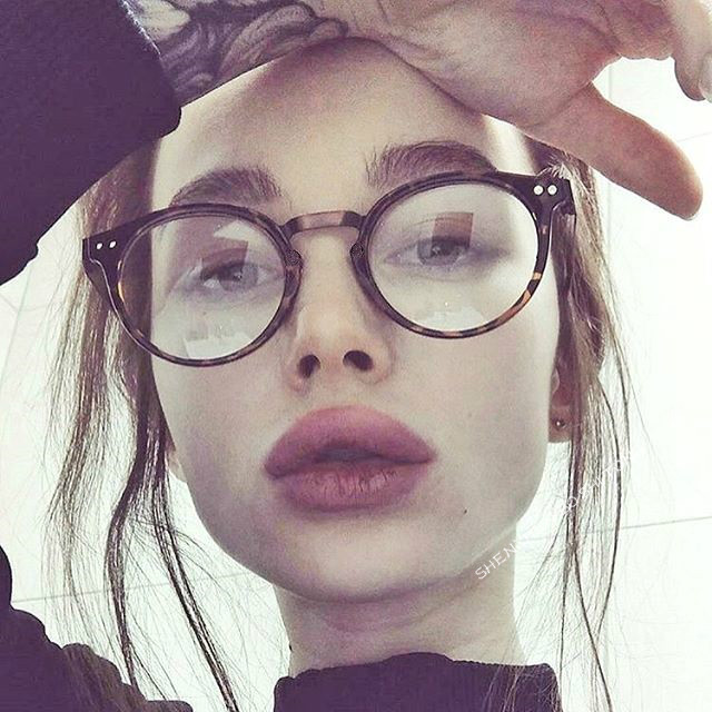 5c86c4269ff 2018 Fashion Women Glasses Frame Men Hawsbill Eyeglasses Frame Vintage  Round Clear Lens Glasses Optical Spectacle