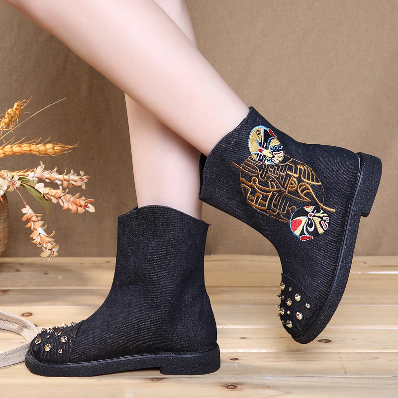 2018 New Design Fashion Embroidered Boots Women Shoes Beijing Opera Facial Masks Boots Ankle Elegant Sudent Female Cloth Boots