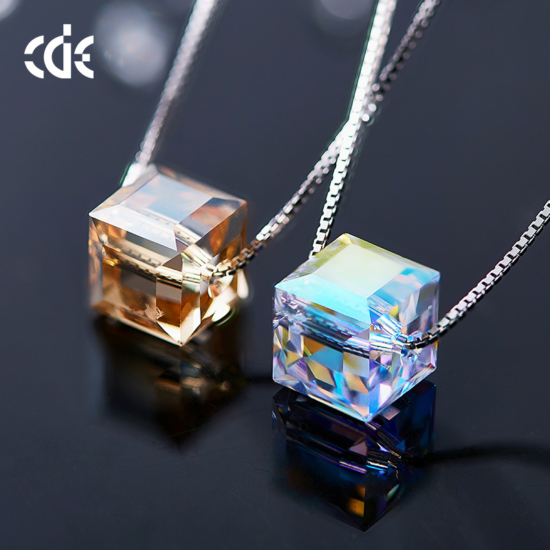 CDE New S925 Sterling Silver cube sugar Crystals from Swarovski Necklaces Women Personality aurora Fine Jewelry romantic gift