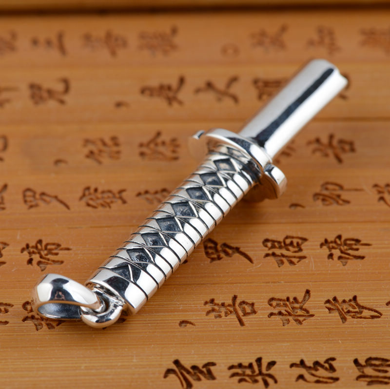 Thai silver wholesale S925 Sterling Silver Pendant antique crafts Mens personality shape pendant sword explosion gift
