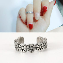 New Product Personality Fashion Summer Wild Retro Silver Small Daisy Flower Joints Adjustable Size Ring Good Luck Toe Ring(China)