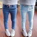 2016 Novo Estilo de Roupas Meninas Jeans Crianças Calças Para Meninas Calças De Inverno Crianças calças de Brim Elásticas Da Cintura Da Forma Para calças de Brim Do Bebê