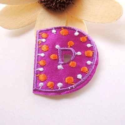 Parche bordado con letras coloridas, apliques de alfabeto, letras Diy, pegatina, patrón de ropa, calcomanía de costura/hierro en la placa con nombre, parche