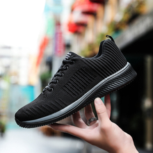 Leisure Men Sneakers Super Light Soles Running Sports Shoes Mesh Jogging Shoes Zapatillas Hombre Deportiva Plus Size 38-45