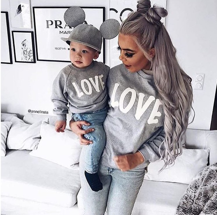 2018 Winter Warm Long-sleeved Mother And Kids Hoodies Family Matching Clothes Solid Color Letters LOVETmother And Child Shirts