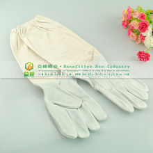 1 Pair Professional Sheepskin+Polyester Canvas Beekeeping Protective Gloves with Vented Long Sleeves Beekeeping Safety
