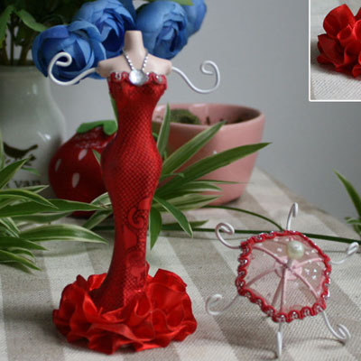 Small Mannequin With Umbrella Doll Rack Necklace Earring Ring