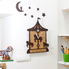Creative European Wooden Wall Clock Simple Modern Design Kids Room Clocks Trojan Animal Theme Wood Watch Wall Hanging Home Decor