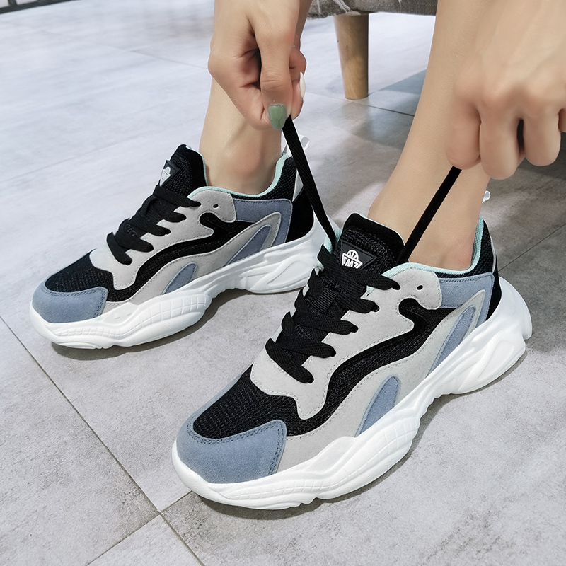 New Fashion Casual Sport Shoes Woman Breathable Mesh Flats Running Shoes Female Platform Sneakers Sports Shoes кроссовки женские in Running Shoes from Sports Entertainment