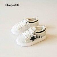 De los niños zapatos de niños y niñas cómodo trendAnti antideslizantes absorción de choque zapatos deportivos con las estrellas zapatillas de skate
