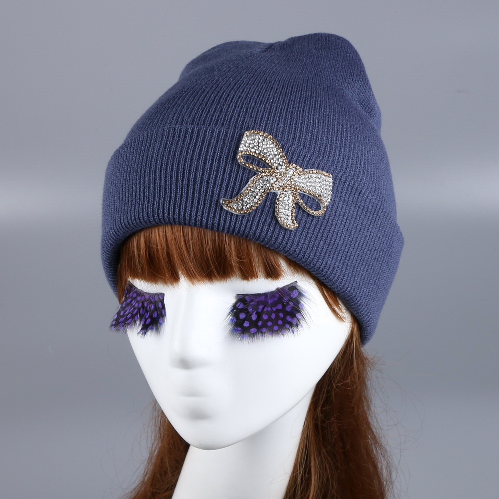 Wholesale women brand winter hat new design good quality colored Letter floral star woman girl beauty rhinestone beanie gorro