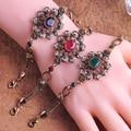 Hot Sale Elegant Hollowed out Flower Chain Bracelets For Women Fine Resin Acrylic Crystal Pulseras Femme Wrist Bangle For Women