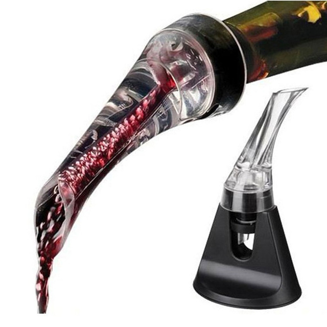 Acrylic Aerating Pourer for Wine