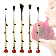New Beauty and the Beast Rose Flower Makeup Brushes Set Professional 5 Pcs Metal Handle Wand Eyeshadow Eyes Brush for Make Up