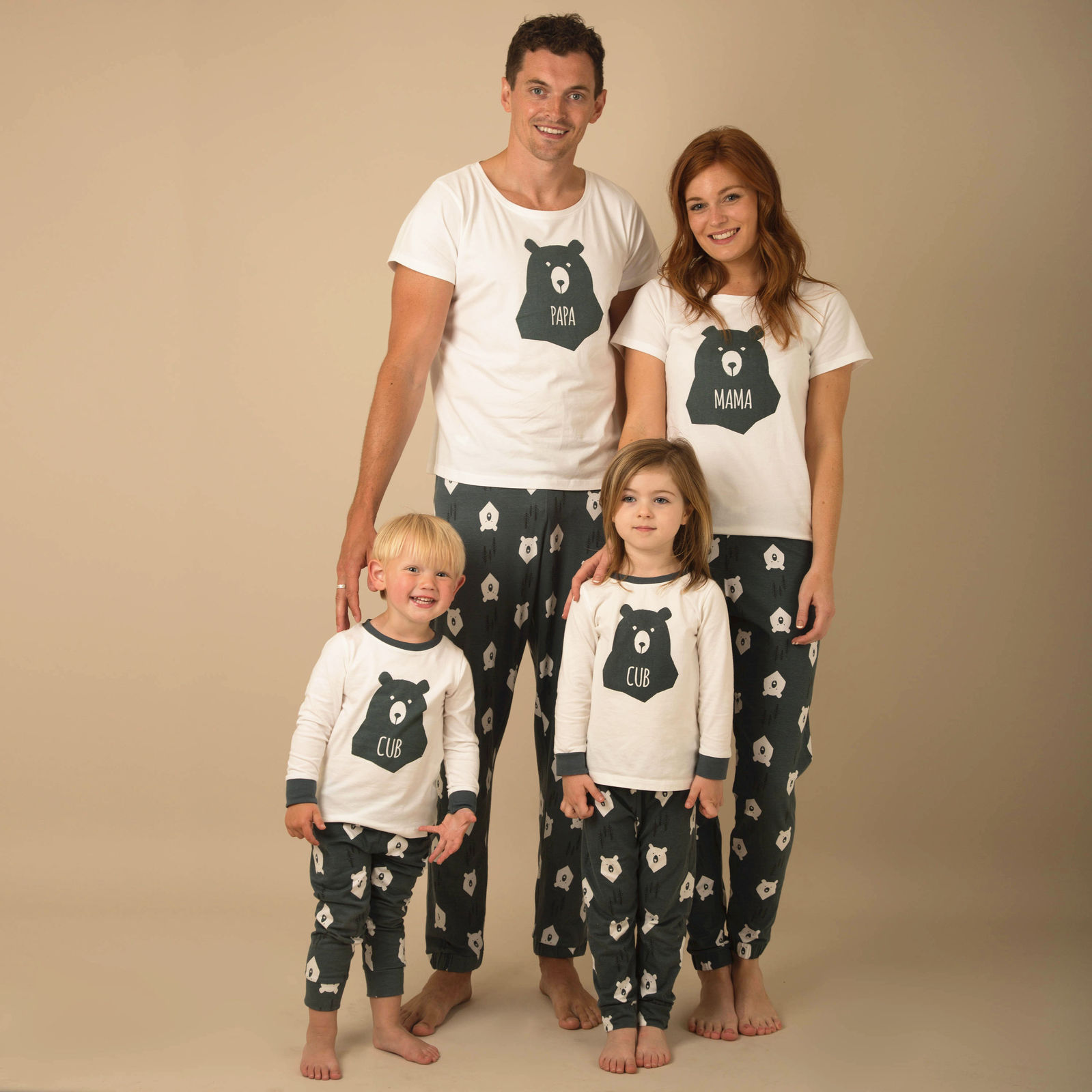 Winter Warm Christmas Bear Printing Pyjamas Matching Family PJs Nightwear Adult Mum/Dad/Kid   Pajama     Sets