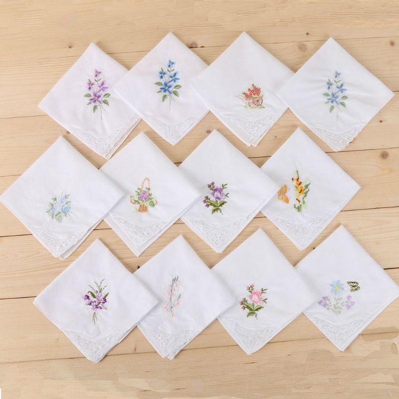 3 Teile/satz Frauen Grundlegende Weißes Quadrat Taschentuch Floral Gestickte Tasche Hanky Schmetterling Spitze Baumwolle Baby Lätzchen Tragbare Handtuch Na