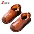 Niñas Botas de Cuero 2017 Nueva Casual Simple Color Sólido Niños Cremallera Botas de Nieve Para Niños Calientes Zapatos Plantilla 16-18 cm 9536Z