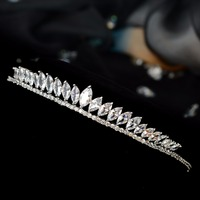 Royal family bride's new crown jewel crown princess royal birthday party royal wedding dress accessories.