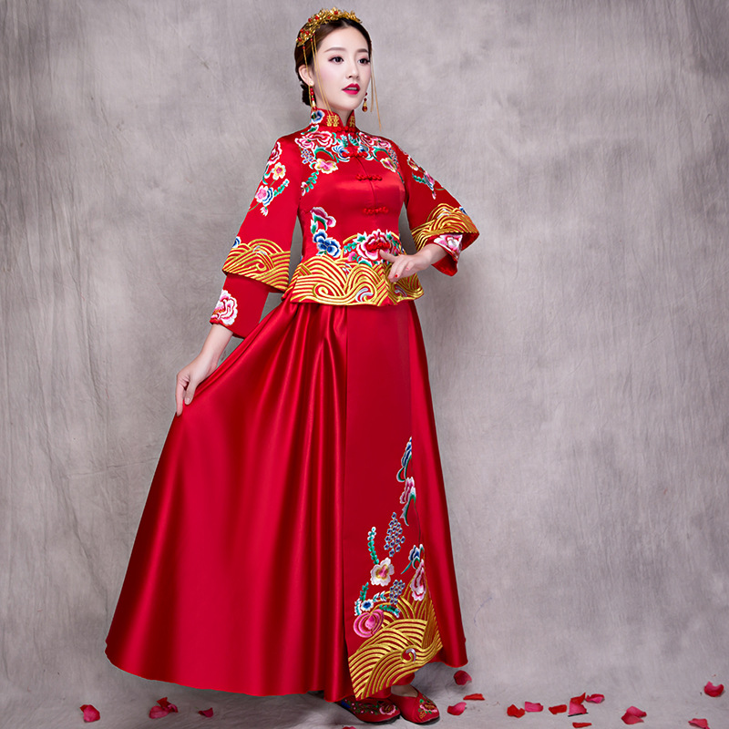 Elegant Bride Wedding Dress Evening Gowns Chinese Women Embroidery Flower Qipao Sexy Sat ...