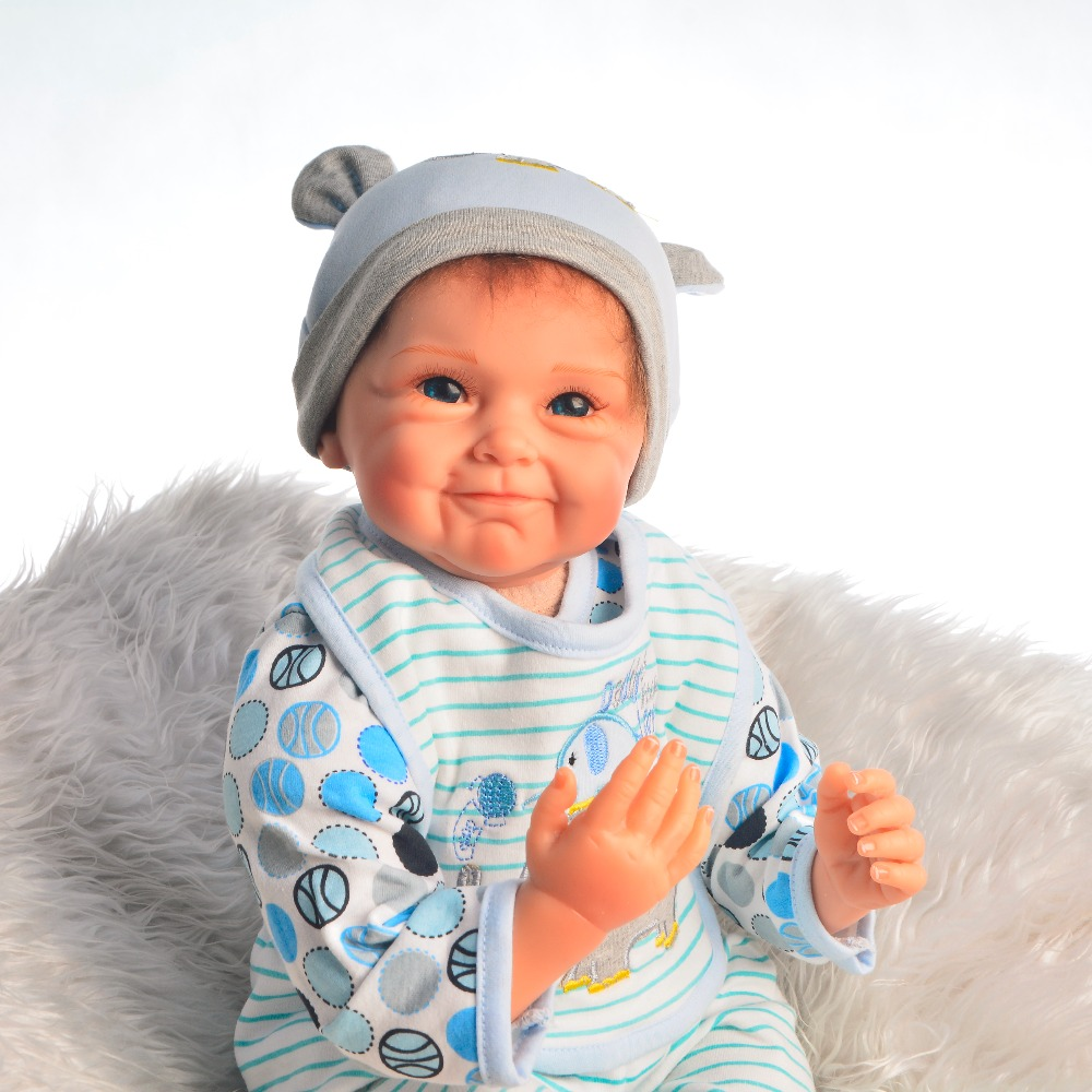 New design smiley face Bebes reborn menino silicone baby dolls reborn 55cm children toys gift reborn babies alive doll llorones
