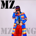 """New MZ exclusive right Zhilong GDxTAEYANG """"good boy"""" MV with paragraph blue color stripe coat costumes nightclub costumes coat"""