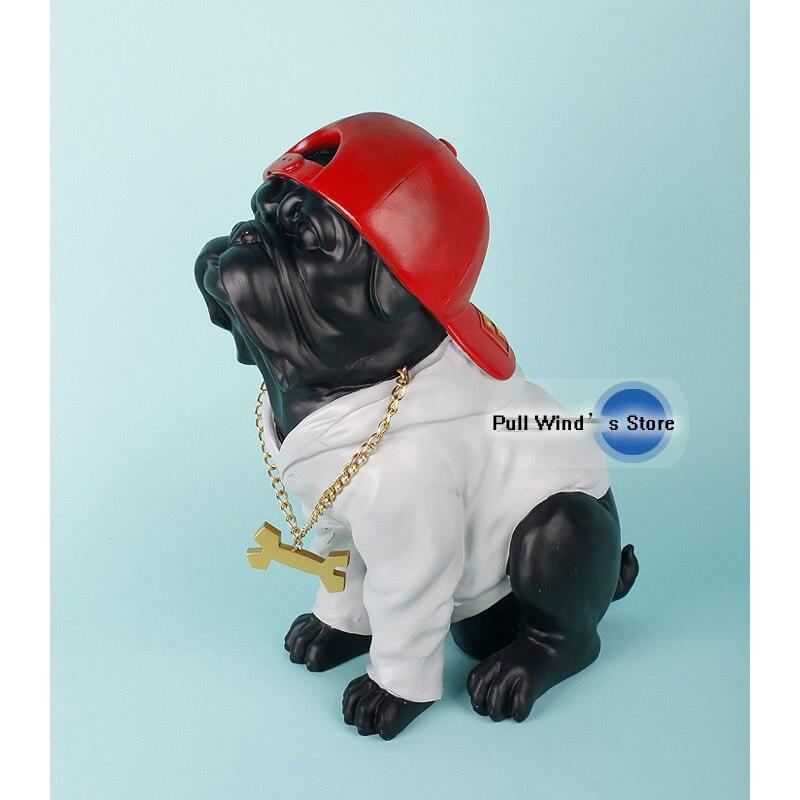 Unique fun hip hop baseball cap decorated bulldog Statue decoration Black dog sculpture resin craftsUnique fun hip hop baseball cap decorated bulldog Statue decoration Black dog sculpture resin crafts
