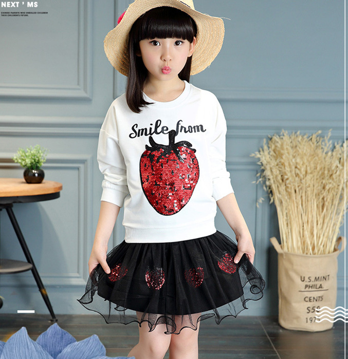 Summer Kids strawberry/berries pattern paillette decoration Blacl/white T-shirt mini Voile girls dress cute girls clothes