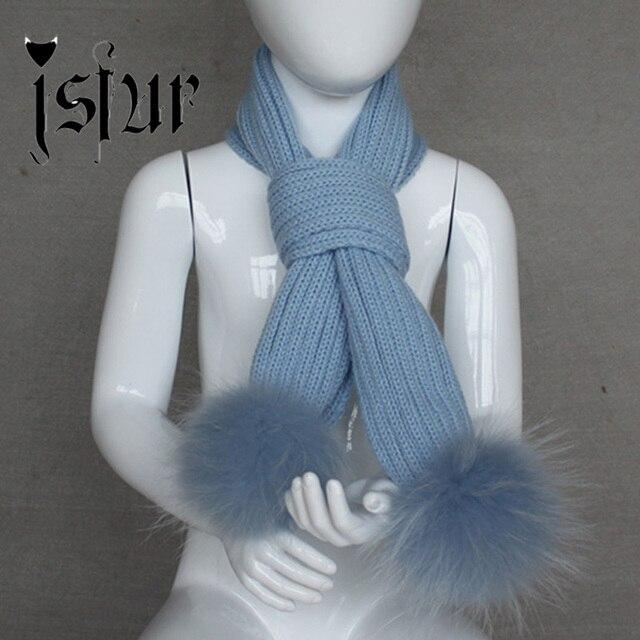Детский (разм. 1-3 года) вязанный шарф с помпонами из меха енота.
