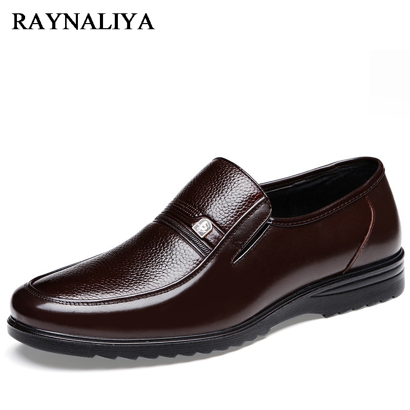 Hot Men Casual Shoes Men Fashion Comfortable Men's Shoes Leisure Father Slip On Loafers Soft Leather Men's Flats Shoes BH-B0009 top brand high quality genuine leather casual men shoes cow suede comfortable loafers soft breathable shoes men flats warm