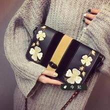 Fashion new handbags High quality PU leather Women bag Embroidered flower chain small square bag Retro lock shoulder Female bag