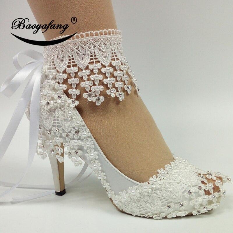 BaoYaFang 2019 جديد الدانتيل متابعة أحذية أنيقة للمرأة زهرة بيضاء الزفاف أحذية الكاحل حزام عالية أحذية الحلو حزب حذاء-في أحذية نسائية من أحذية على  مجموعة 1