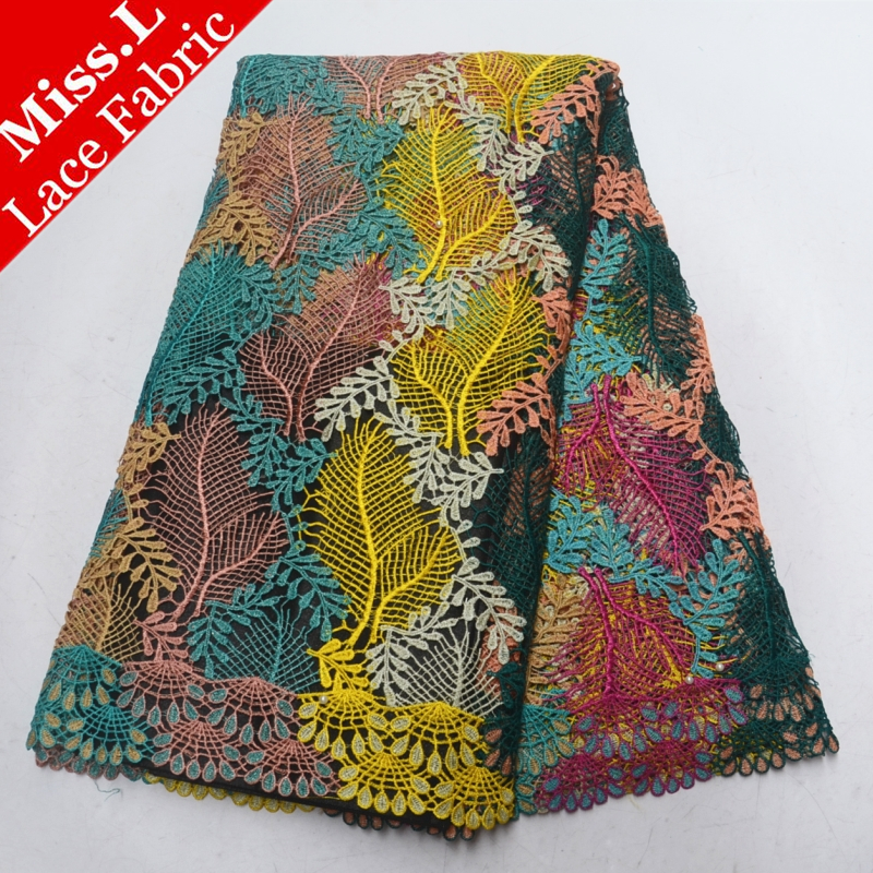 Best selling African lace fabric Water soluble lace fabric Embroidery With Stones and Beads guipure lace high quality for Dress