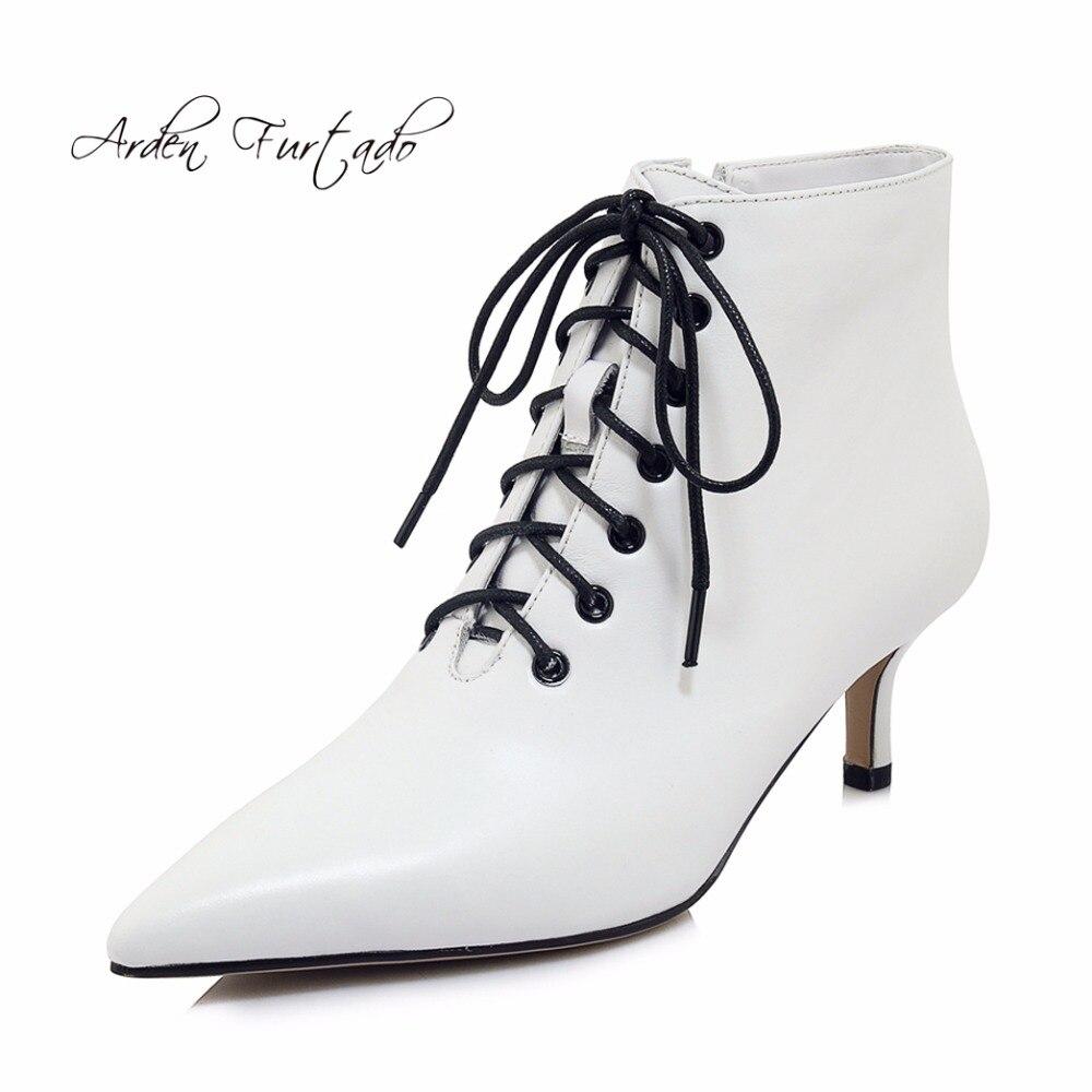 Arden Furtado 2018 frühling herbst weiß stilettos high heels 6 cm stiefeletten frauen schuhe schwarz leder lace up mode stiefel-in Knöchel-Boots aus Schuhe bei  Gruppe 1