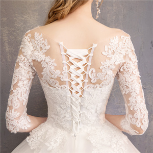 Image 5 - אופנה לבן שנהב תחרה רקמה בתוספת גודל חתונה שמלת חדש Vestidos דה novia מתוקה O צוואר ארוך רכבת bridel חצי שרוול