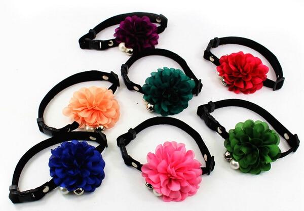 Perros gatos de moda lindo collar de flores collar de perro con la campana acces