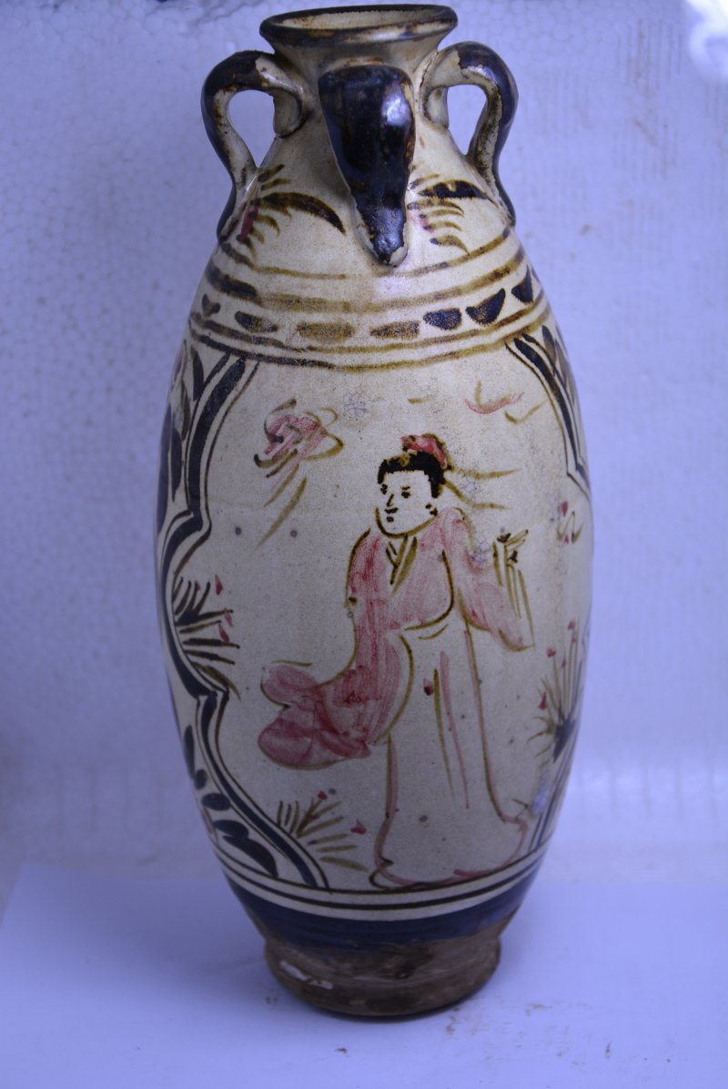 Rare Old Chinese SongDynasty  porcelain vase,Characters in the story,Four departments,Free shippingRare Old Chinese SongDynasty  porcelain vase,Characters in the story,Four departments,Free shipping