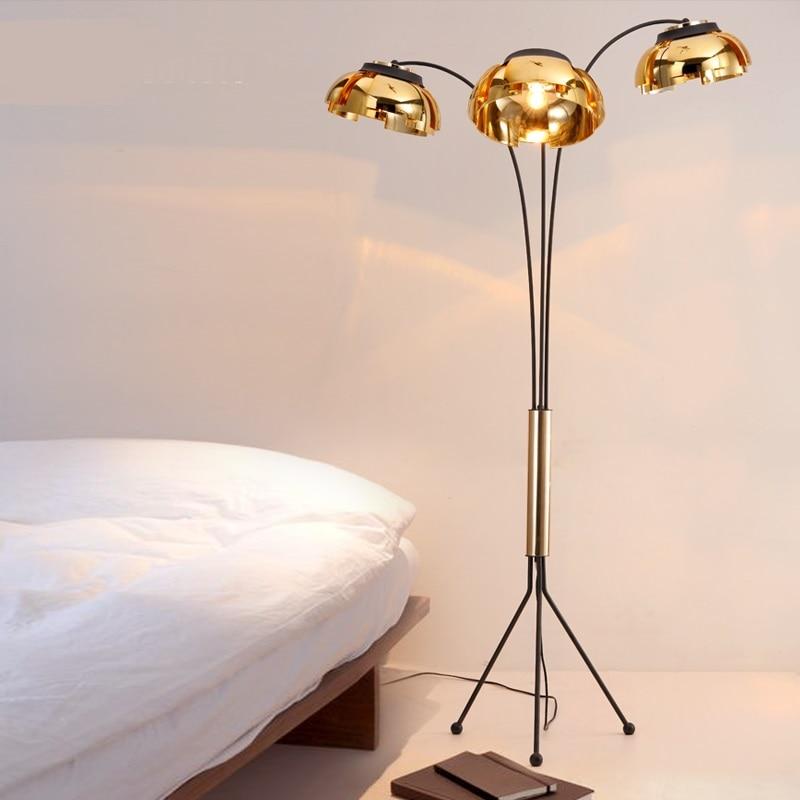 Personalized floor lamp simple gold black iron studio study bar bar coffee room bedroom creative living room LED floor lights ZA