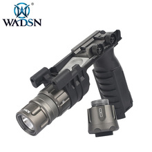 WADSN surefir TACTICAL weapon flashlight rifle light  M900V VERTICAL FOREGRIP WEAPONLIGHT  WEX451