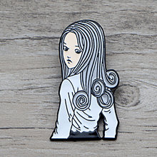 L1412 Junji Ito and Cat Uzumaki Horror Metal Brooches and Pins Enamel Pin for Badge Brooch Collar Halloween Jewelry 1PCS(China)